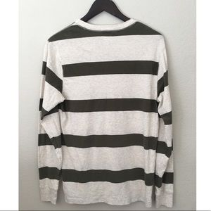 Old Navy Shirts - Old Navy Classic V-neck long sleeve Tee